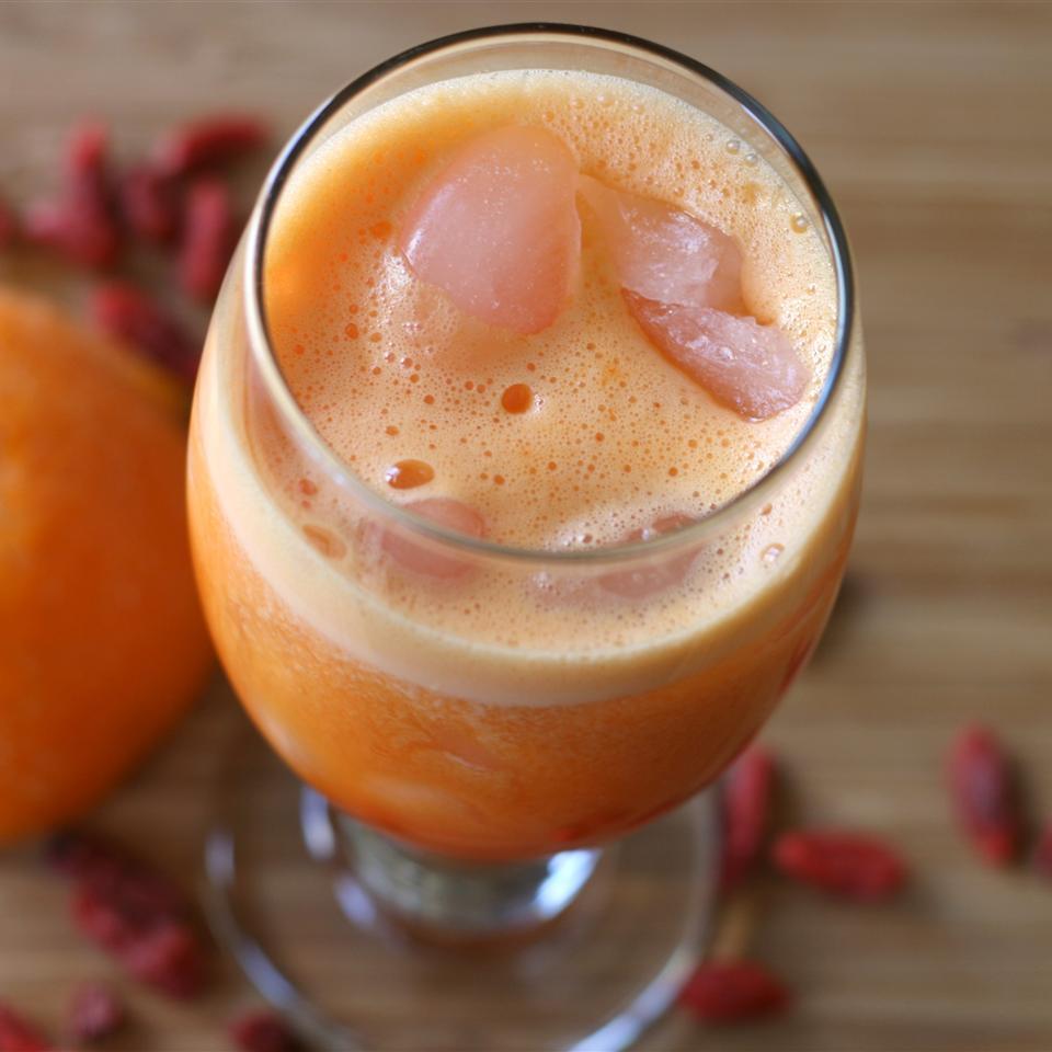 Orange Juice Goji Berries Smoothie juanam