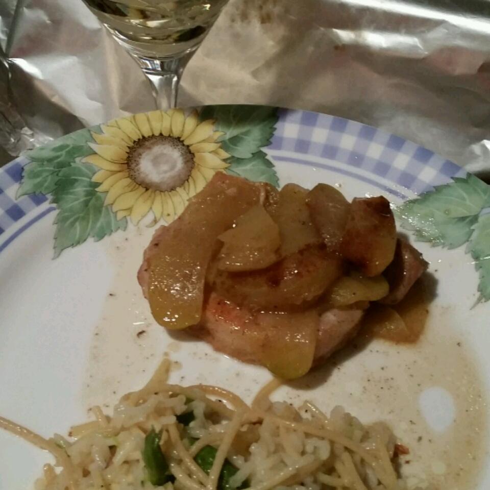 Sherry Apple Pork Chops