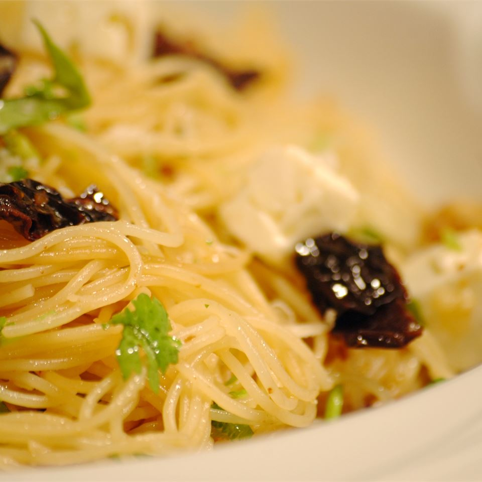 Angel Hair with Feta and Sun-Dried Tomatoes