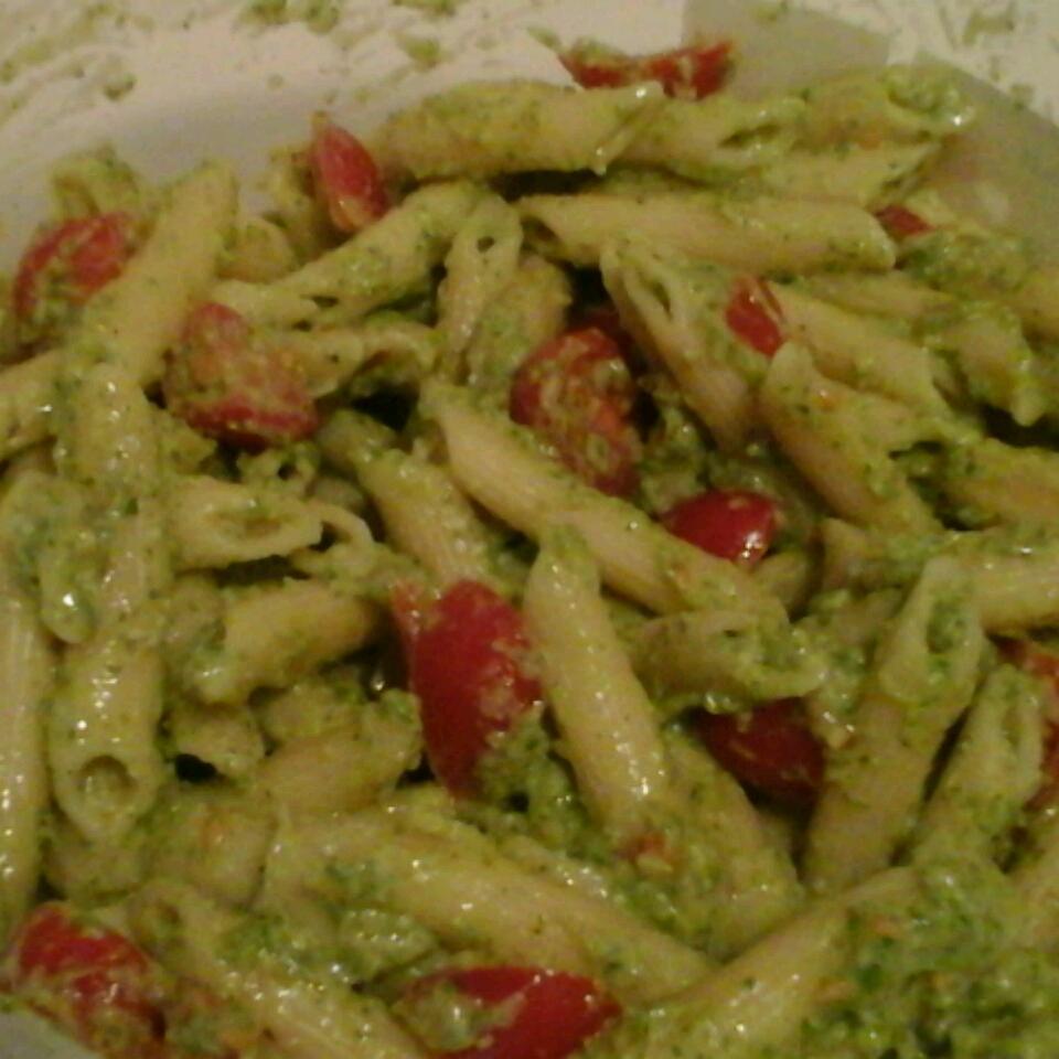 Creamy Avocado Pesto - Delish!