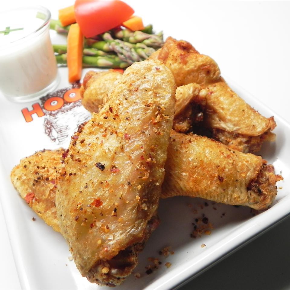 Crispy Restaurant Style Buffalo Chicken Wings