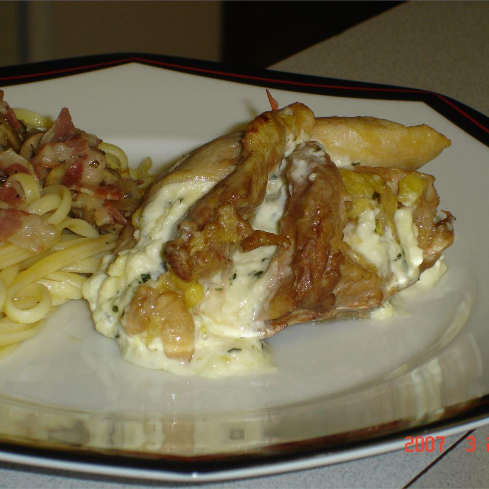 Mediterranean Stuffed Chicken