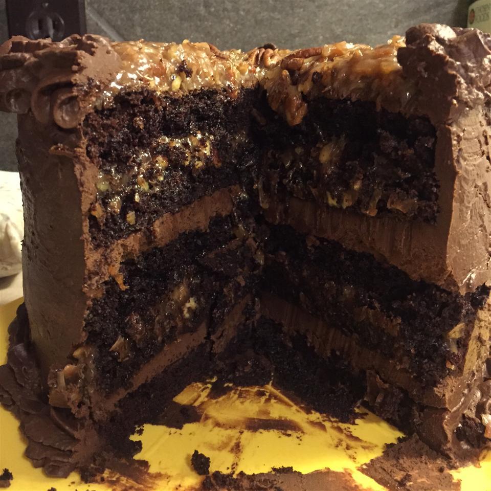 Dark German Chocolate Cake Damera