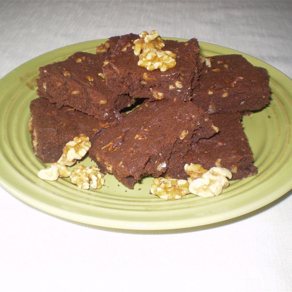 Linda's Awesome Brownies AISLYNE