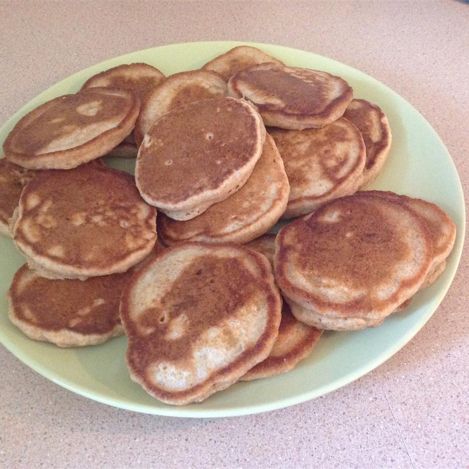 Whole Grain Banana Pancakes TVidal