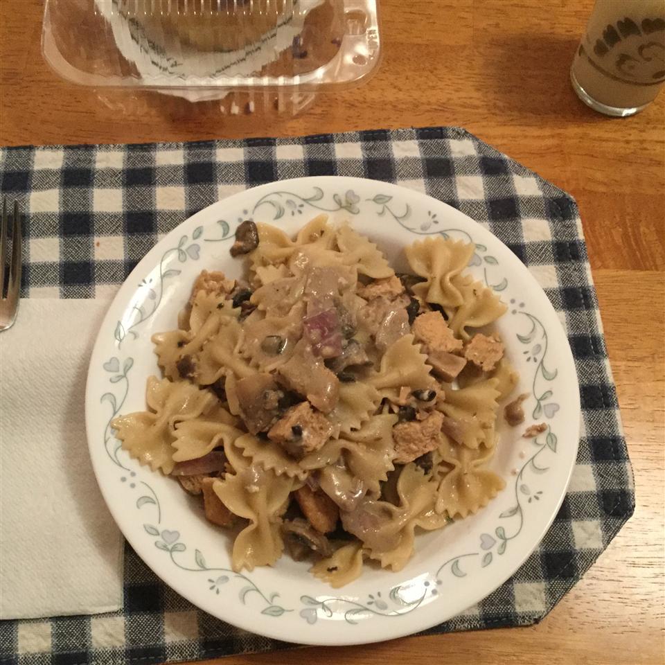 Easy Smoked Salmon Pasta chelle