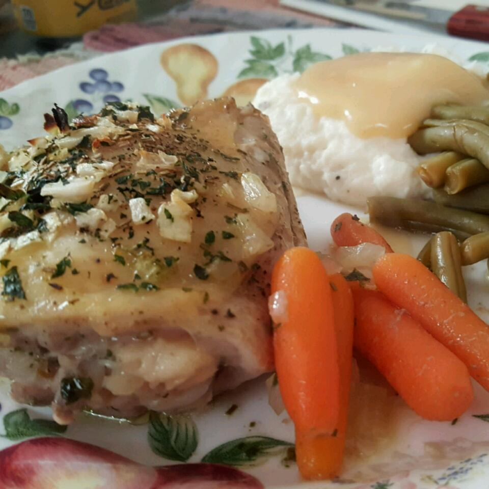 Garlic and Basil Baked Chicken Thighs