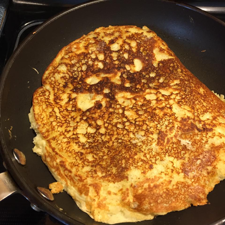 Banana Pancakes the Easy Way Sara Verstege