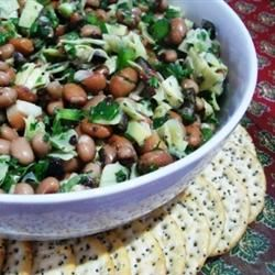White Bean and Artichoke Salad