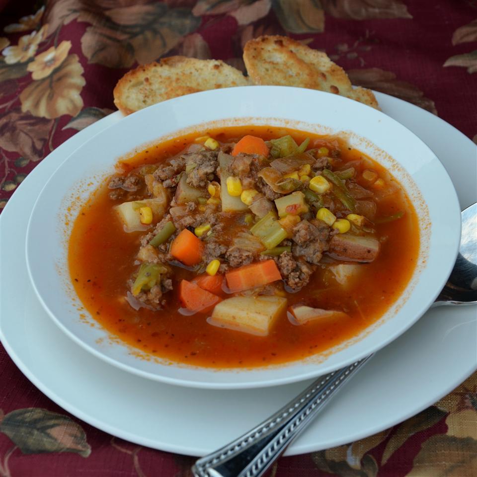 My Momma's Easy Homemade Veggie Soup