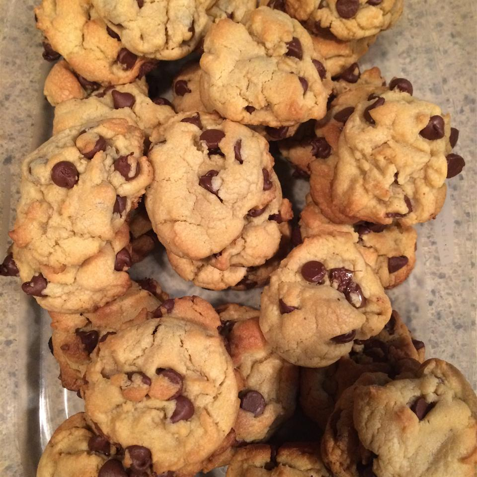 Mom's Chocolate Chip Cookies Courtney