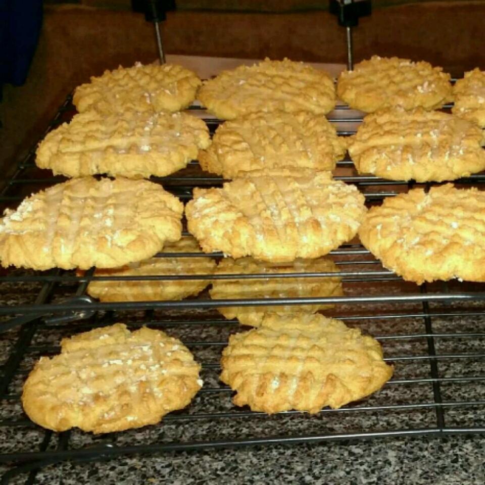 Favorite Peanut Butter Cookies MrsWiley07