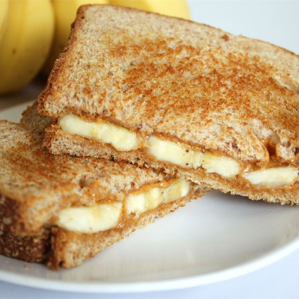 Grilled Peanut Butter and Banana Sandwich KATIES8422