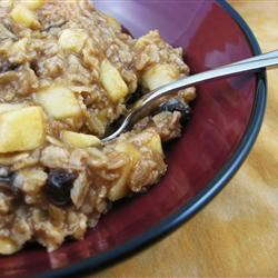 Creamy Apple Cinnamon Raisin Oatmeal