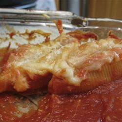 Cheese and Bacon-Stuffed Pasta Shells pickle_monster