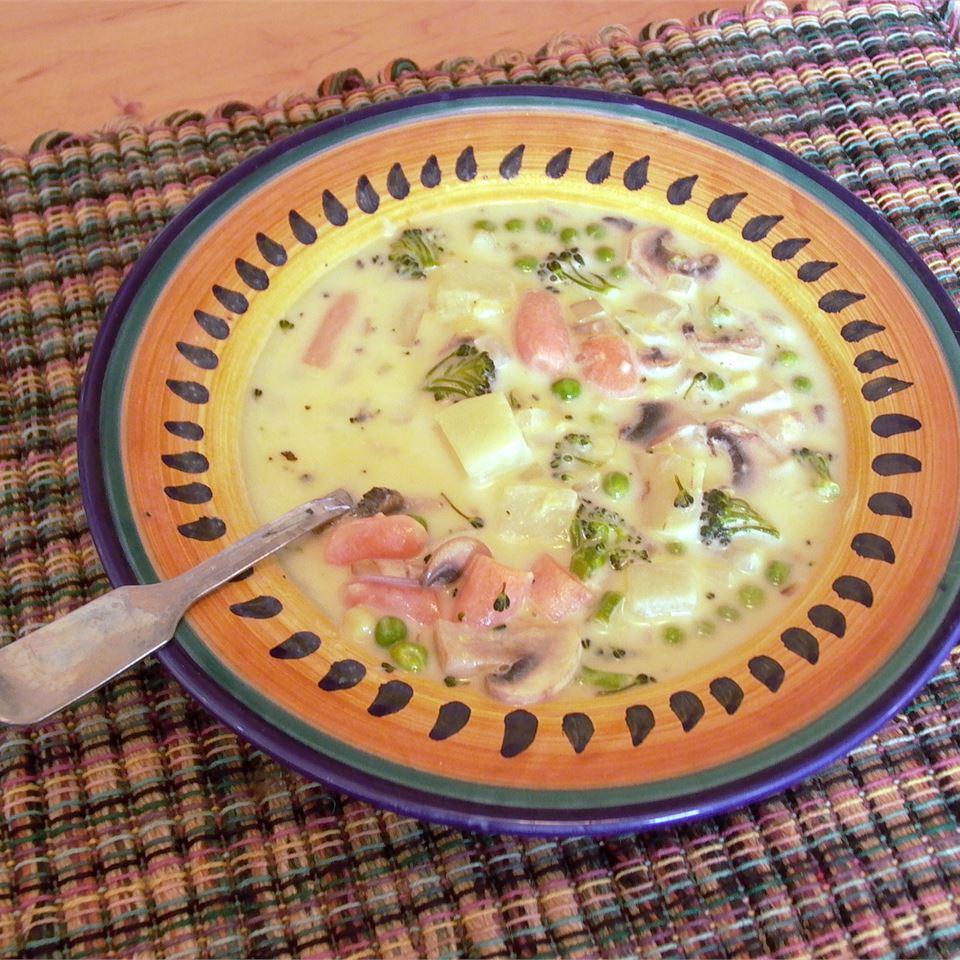 Cheesy Vegetable Soup II