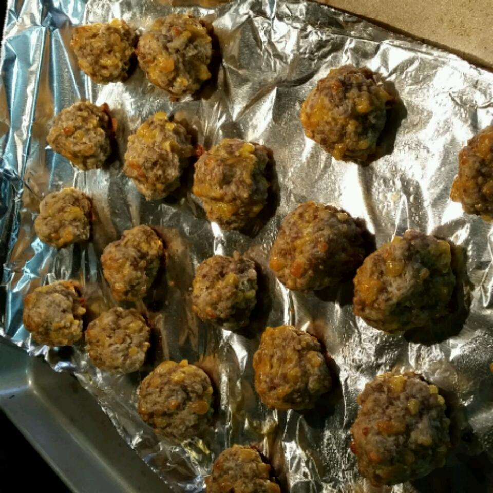 Carla's Sausage Cheese Balls Michelle Laird