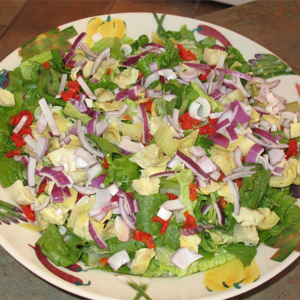 Restaurant-Style House Salad bonken96