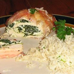 Bacon-Wrapped Chicken Stuffed with Spinach and Ricotta bg100