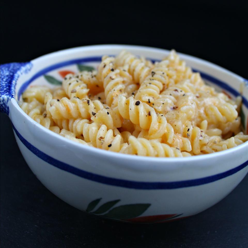 Pressure Cooker Macaroni and Cheese