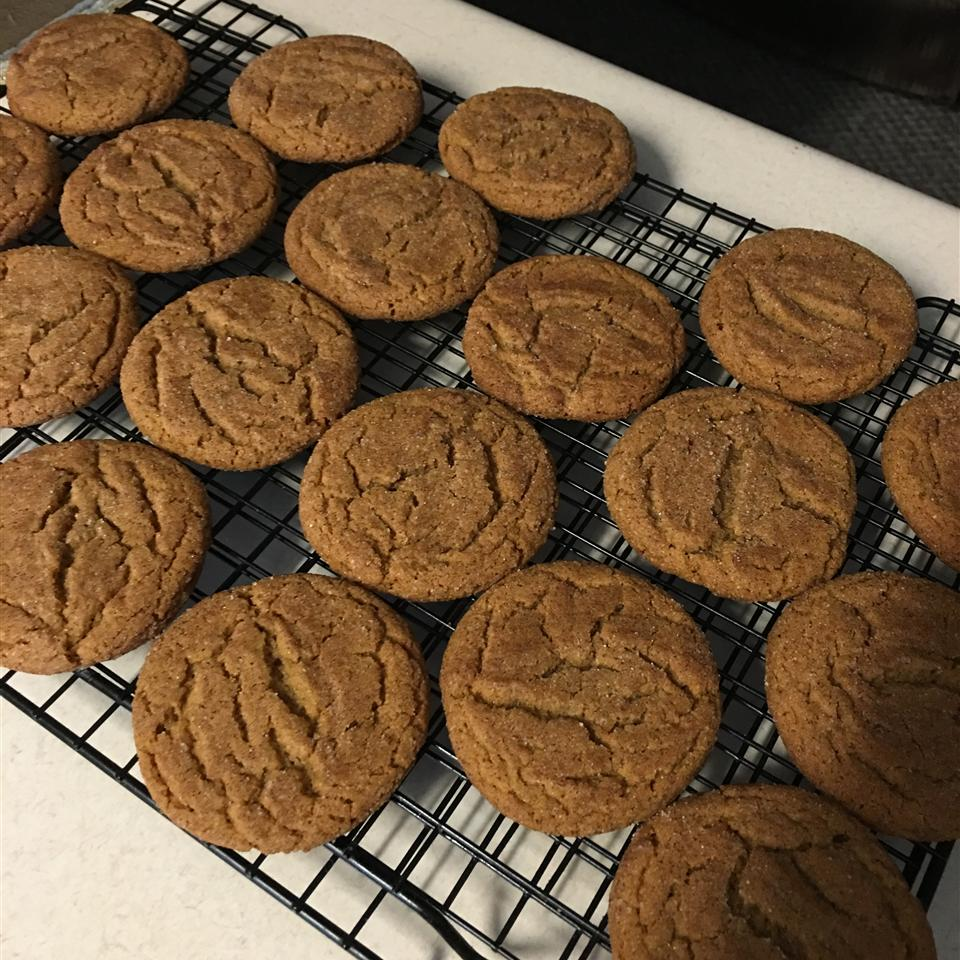 Grandma's Gingersnap Cookies Bea Lopez