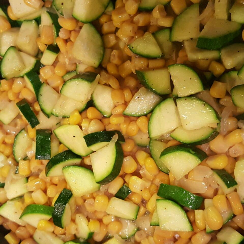 Fresh Corn and Zucchini Saute jechevarria12