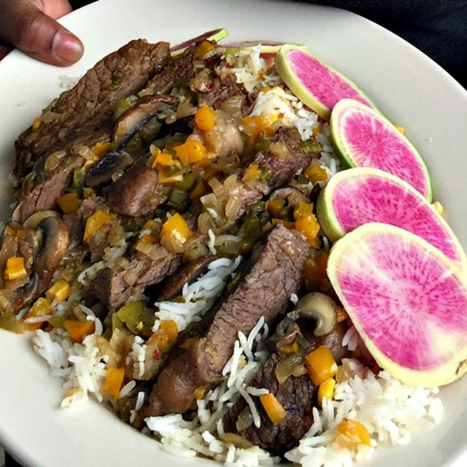 Grace Love's Smothered Steak