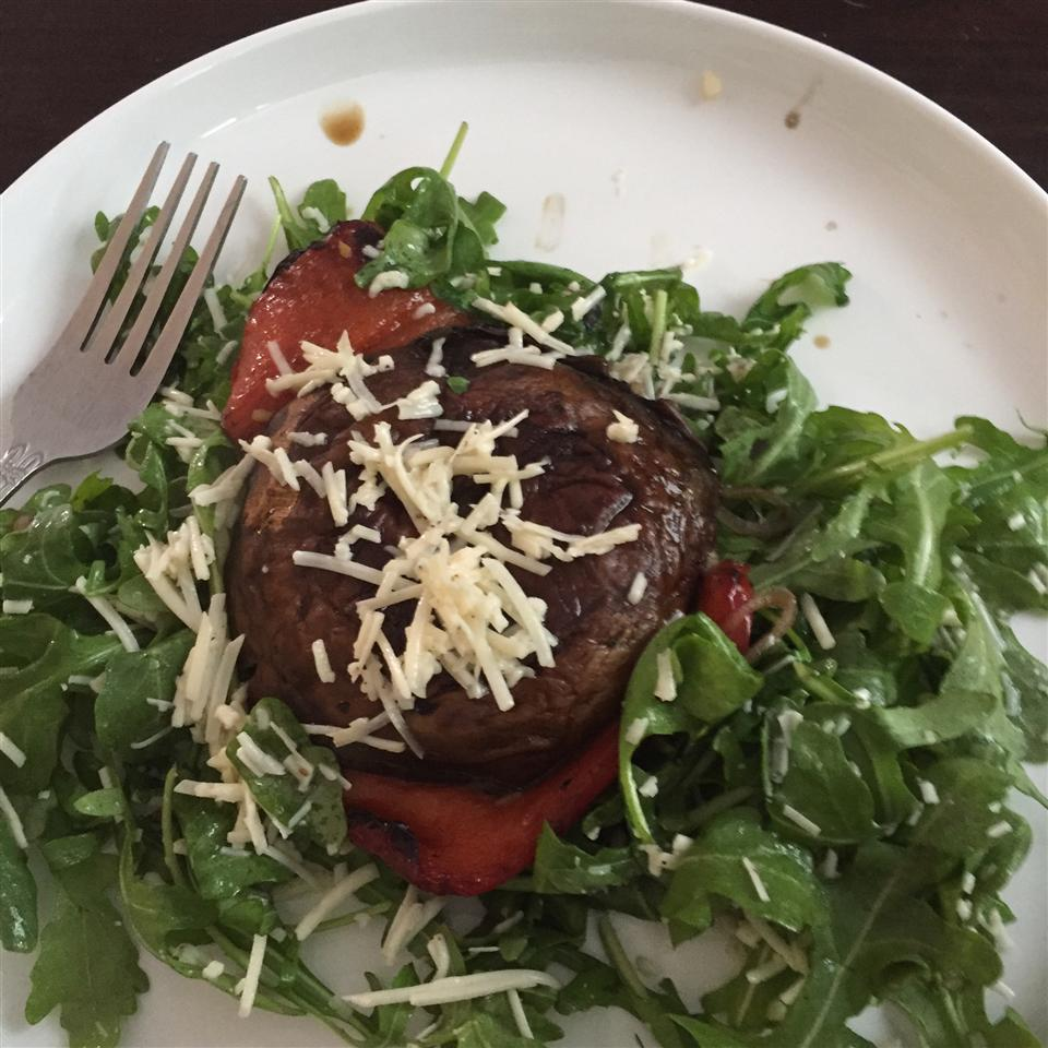 Roasted Portobello, Red Pepper, and Arugula Salad for One David Buccola