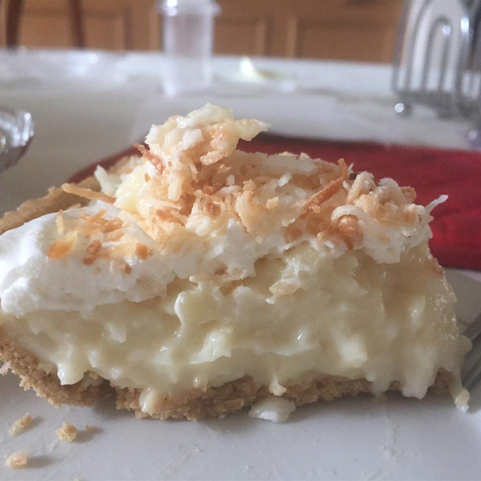 Old Fashioned Coconut Cream Pie Genta Costa