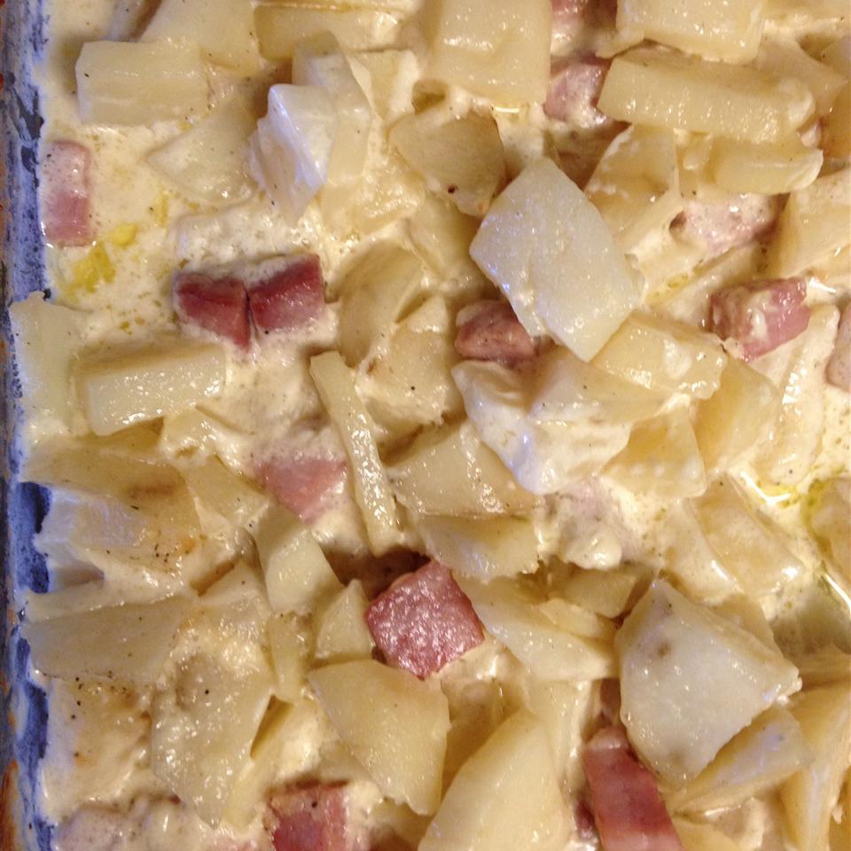 Old Irish Scalloped Potatoes joan