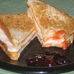 Sweet and Spicy Turkey Sandwich JARRIE