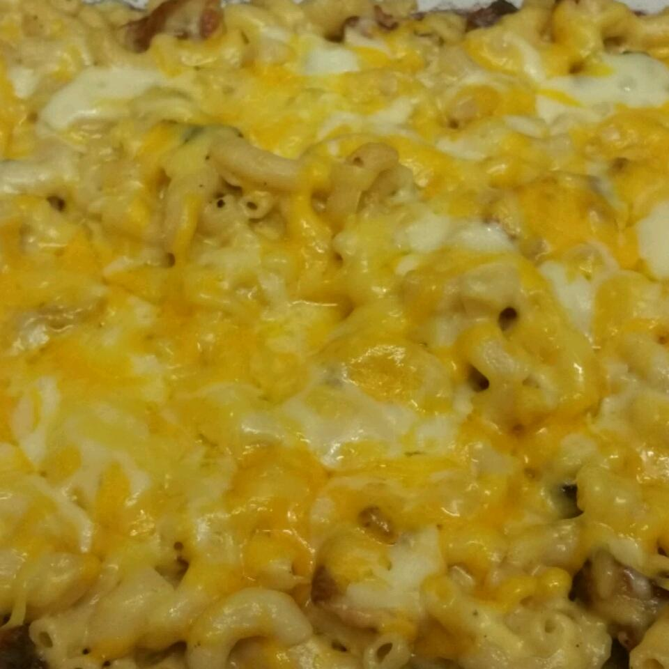 Gluten-Free Macaroni and Three Cheeses with Bacon