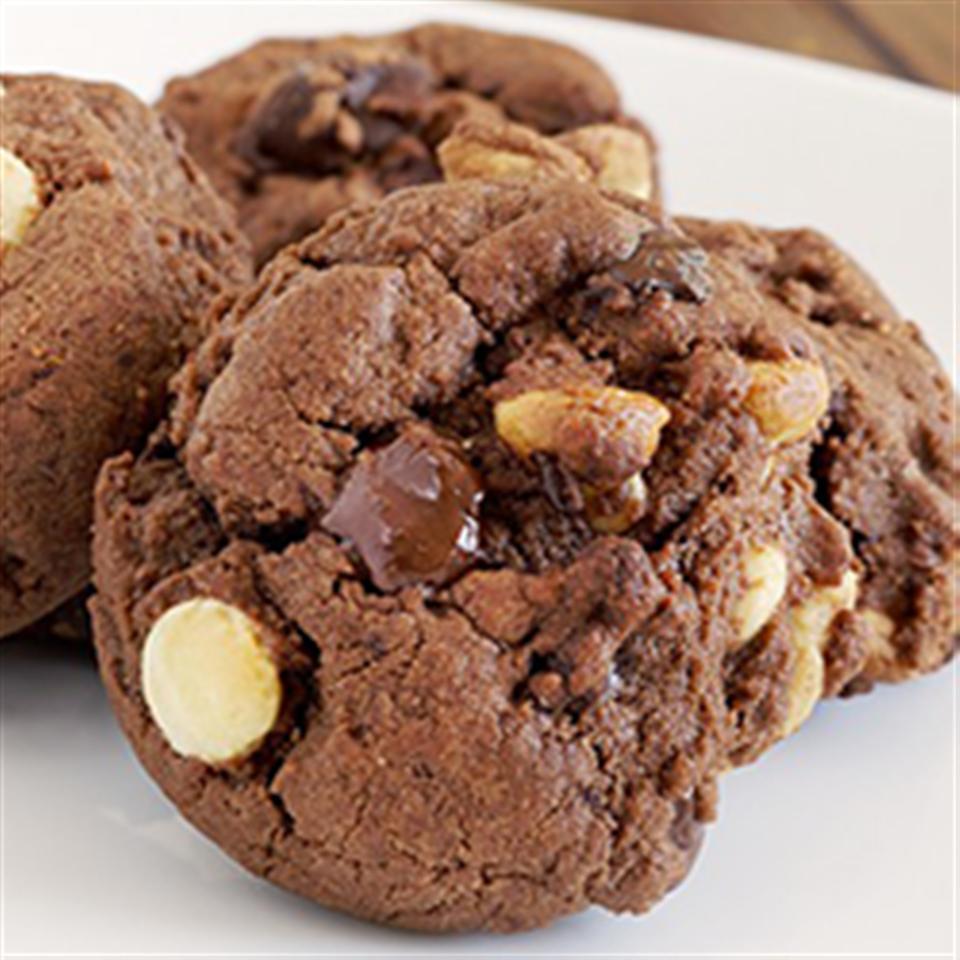 Triple Chocolate Cookies Trusted Brands