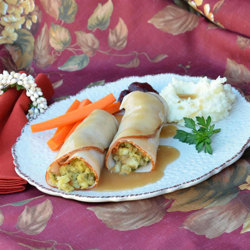 Easy Turkey Stuffing Roll-Ups