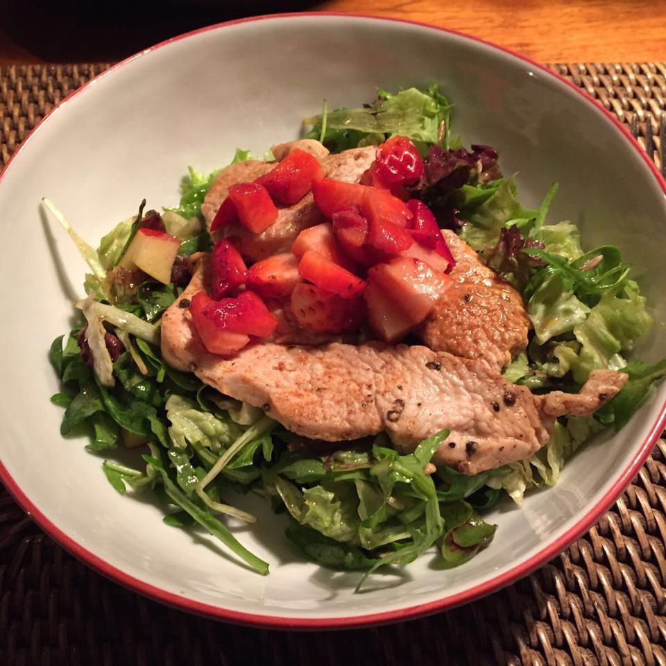 Sweet Apple-Walnut Chicken Salad Sophiechen