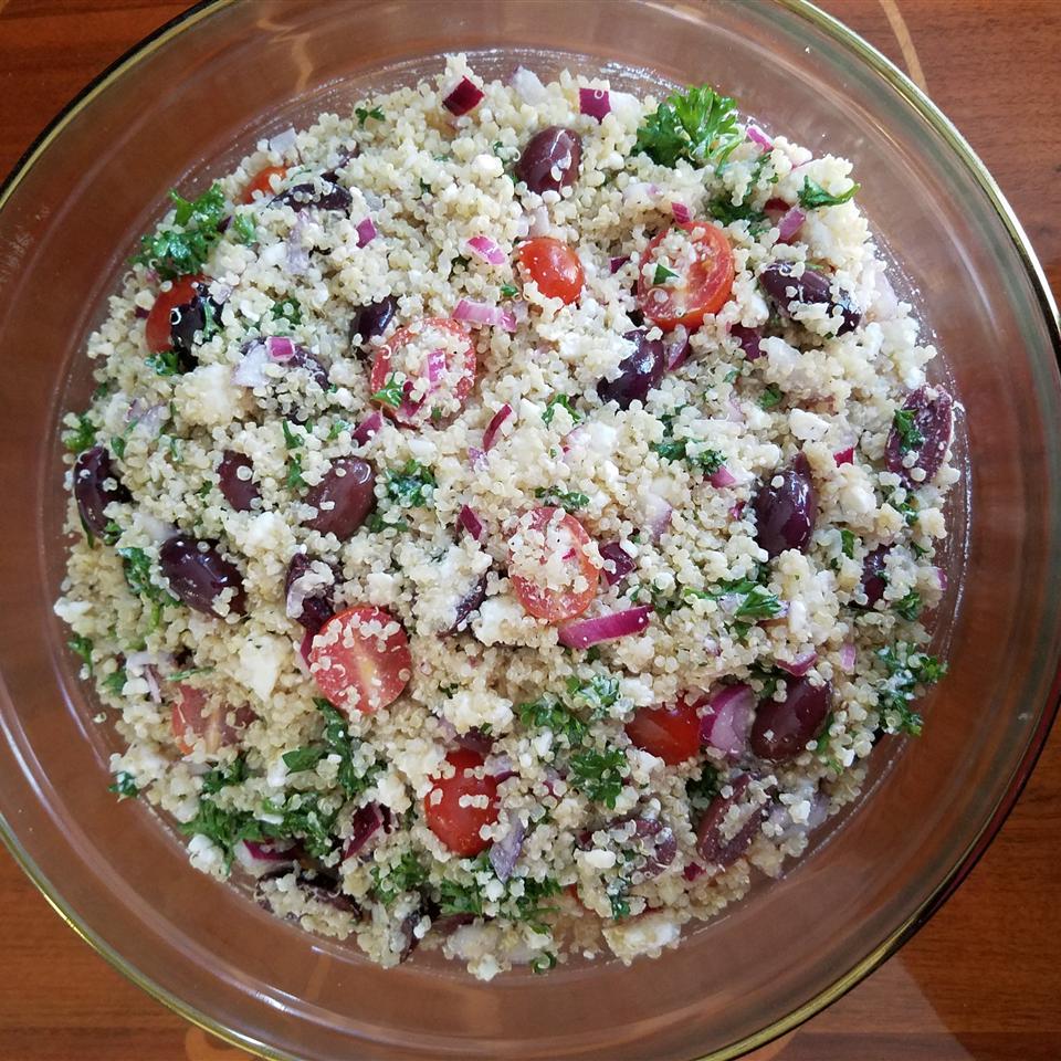Best Greek Quinoa Salad