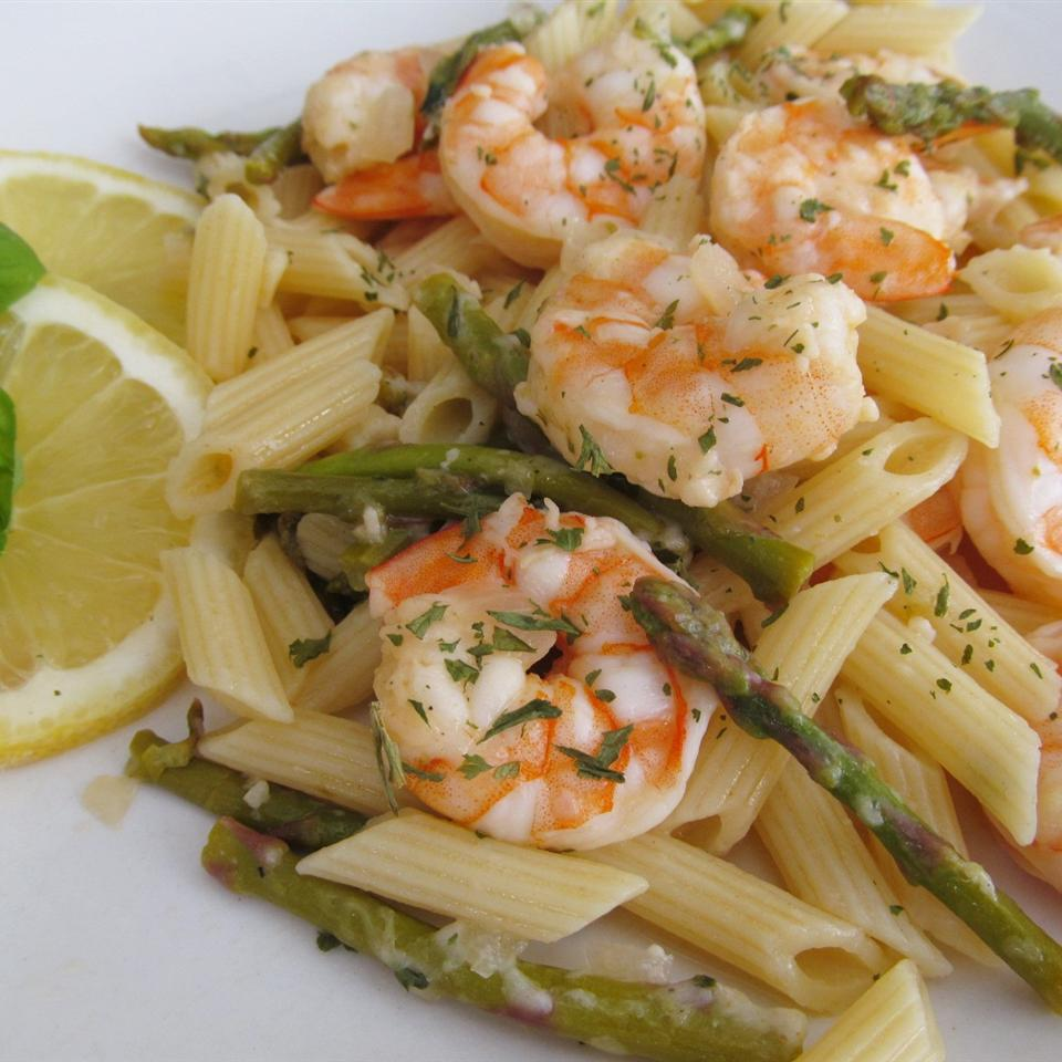 Elegant Penne with Asparagus and Shrimp Sugarplum