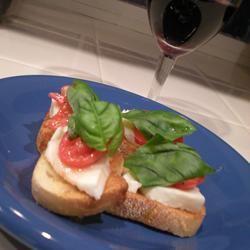 Crostini with Mozzarella and Tomato vegascook08