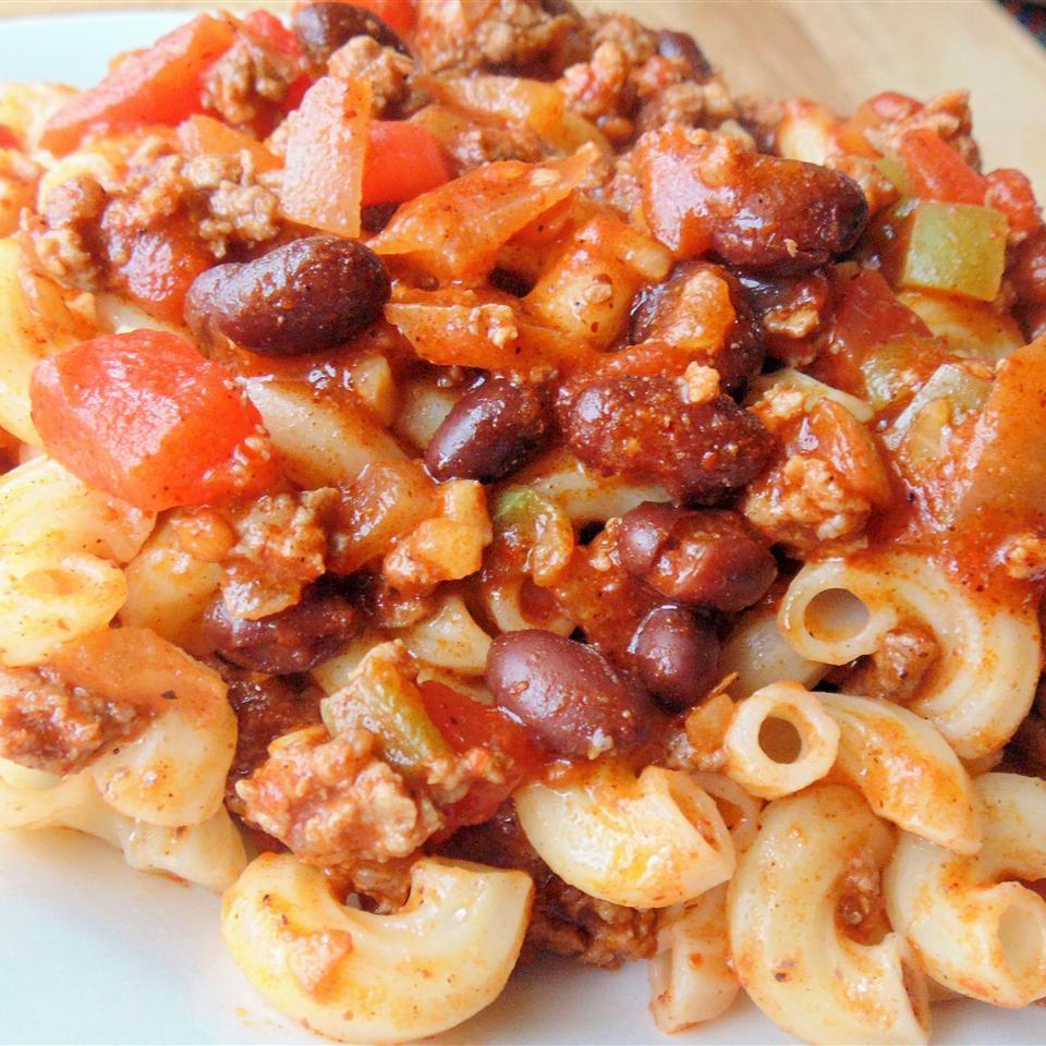 Easy Chili Cavatappi