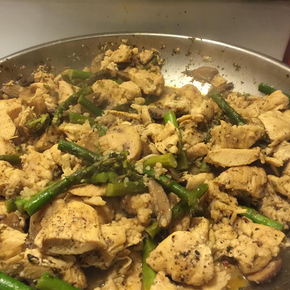 Chicken, Asparagus, and Mushroom Skillet