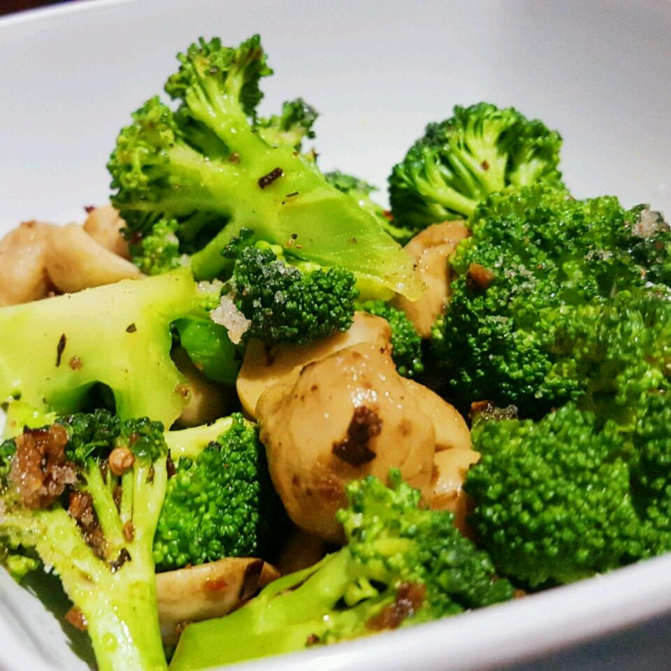 Brilliant Sauteed Broccoli