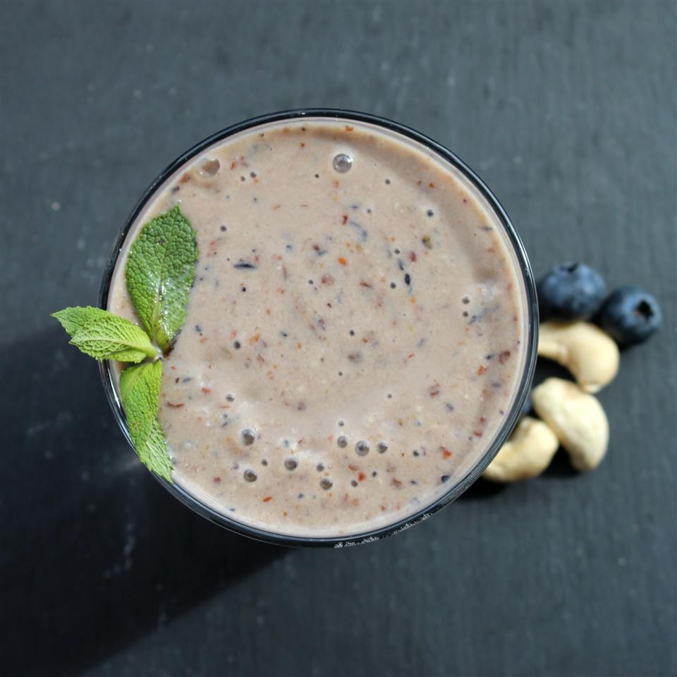 Dreamy Cashew Butter Smoothie with Banana, Berry, Dates, and Flax