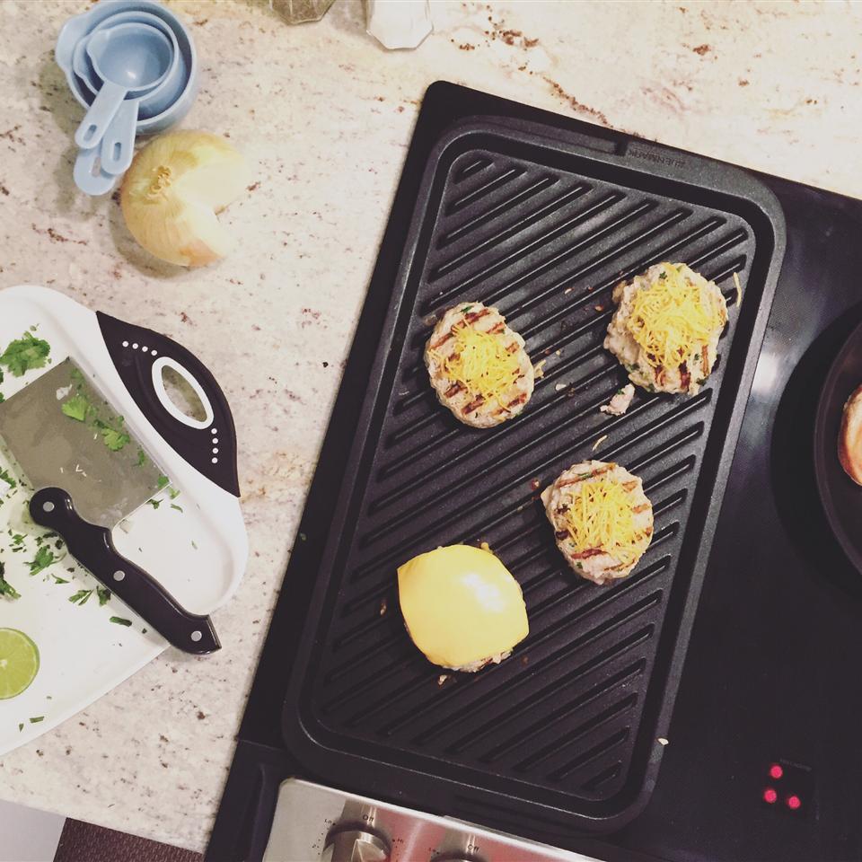 Chicken Cheddar and Guacamole Burgers amcginty927