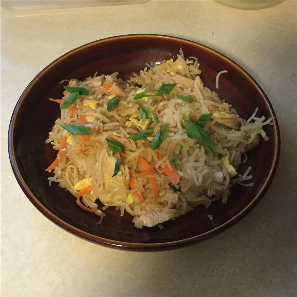 Authentic Pad Thai Noodles