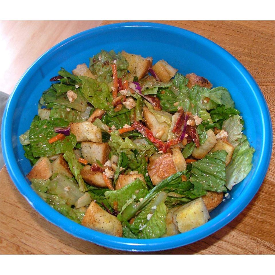Sun-Dried Tomato, Feta and Pine Nut Salad Lesley