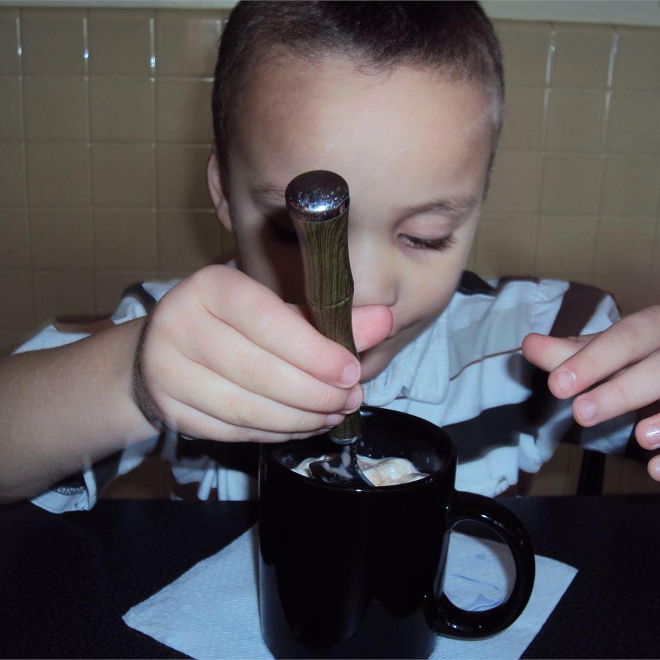 Fluffy Hot Chocolate inounvme
