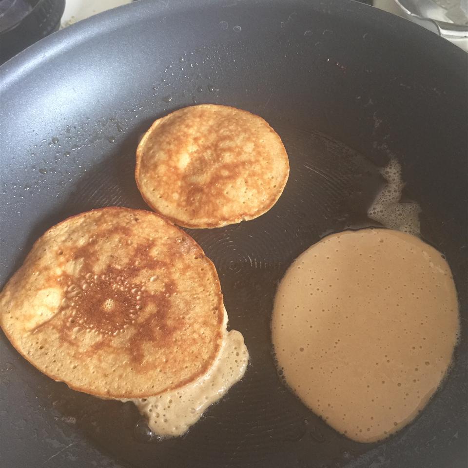 Paleo Pancakes Sarah Hanviriyapunt