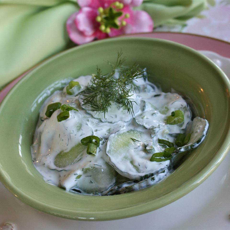 Omi's Cucumber Salad
