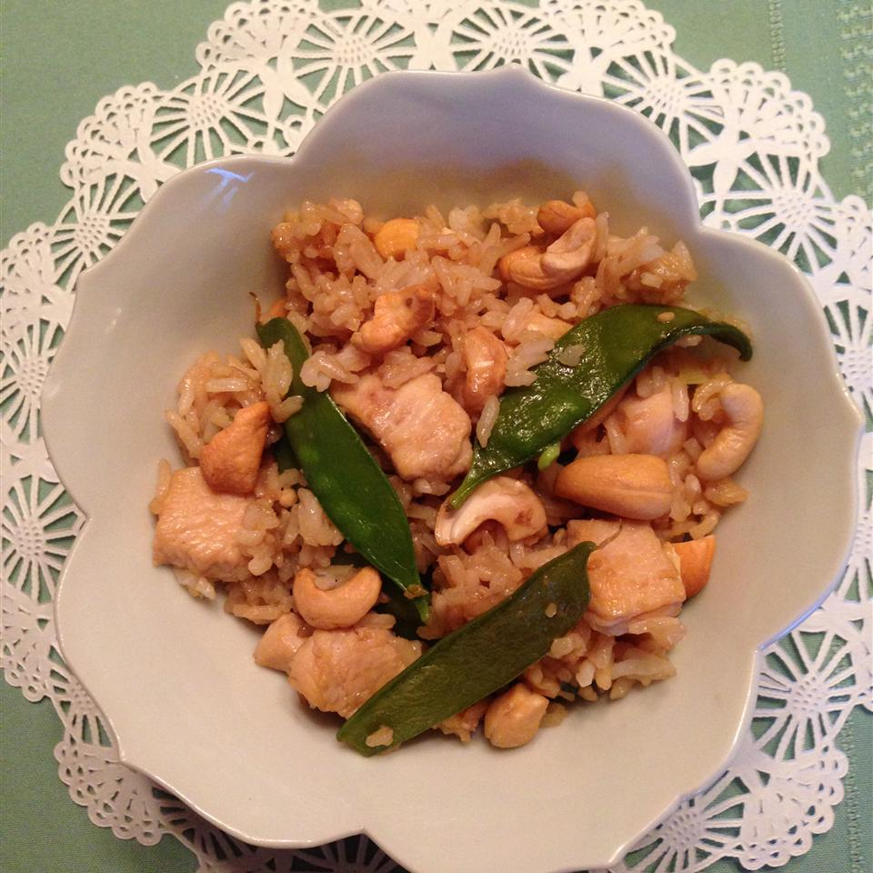 Chicken, Snow Pea, and Cashew Fried Rice hlschoeppner
