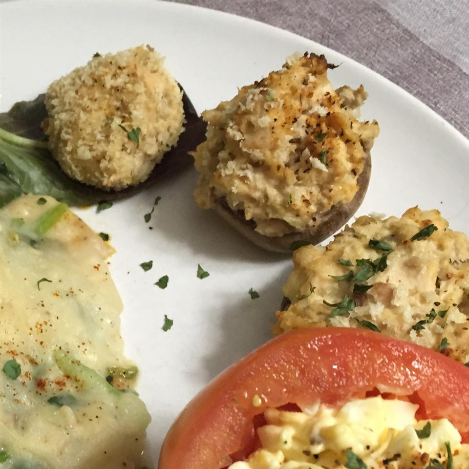 Tuna-Stuffed Mushrooms Lyre
